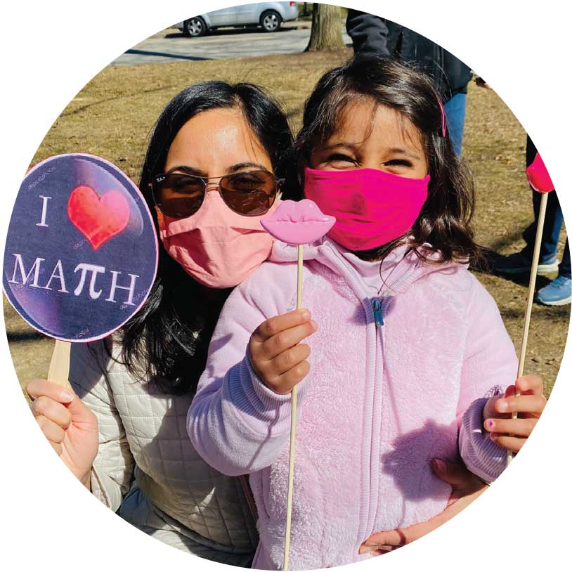 Mother and daughter hot Pi signs